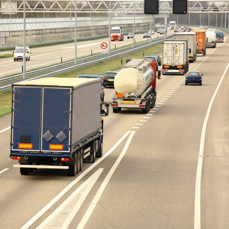 Why Truck Routes Need More Than GPS | MyRouteOnline on